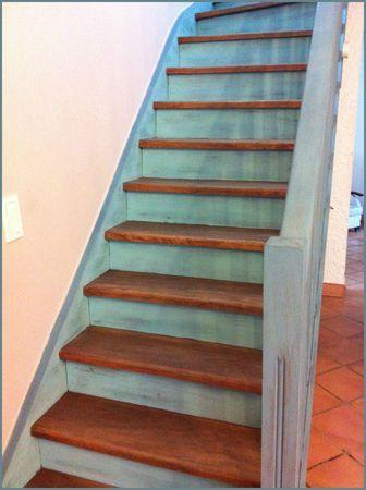 Escalier peint, déco escalier, relooker escalier en bois | turquoise ...