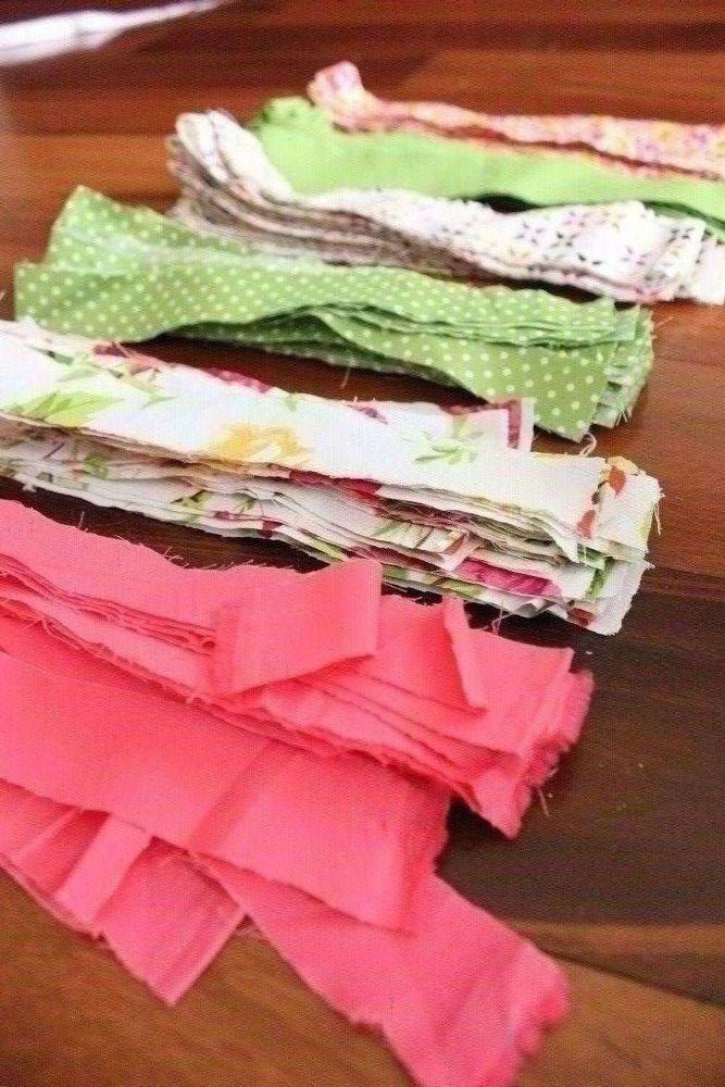 DIY fabric scrap garland so adorable 8373949291898318