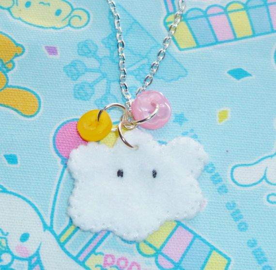 Whatever the weather  felt cloud and button by NiNEFRUiTSPiE, £2.50 #kawaii #cute #buttons