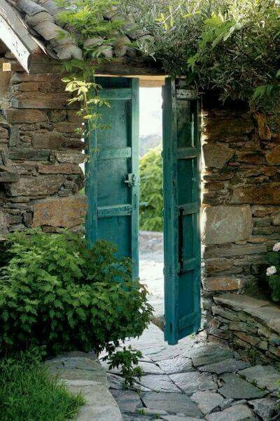 Bleue turquoise | doors windows | Pinterest | Doors and Gates