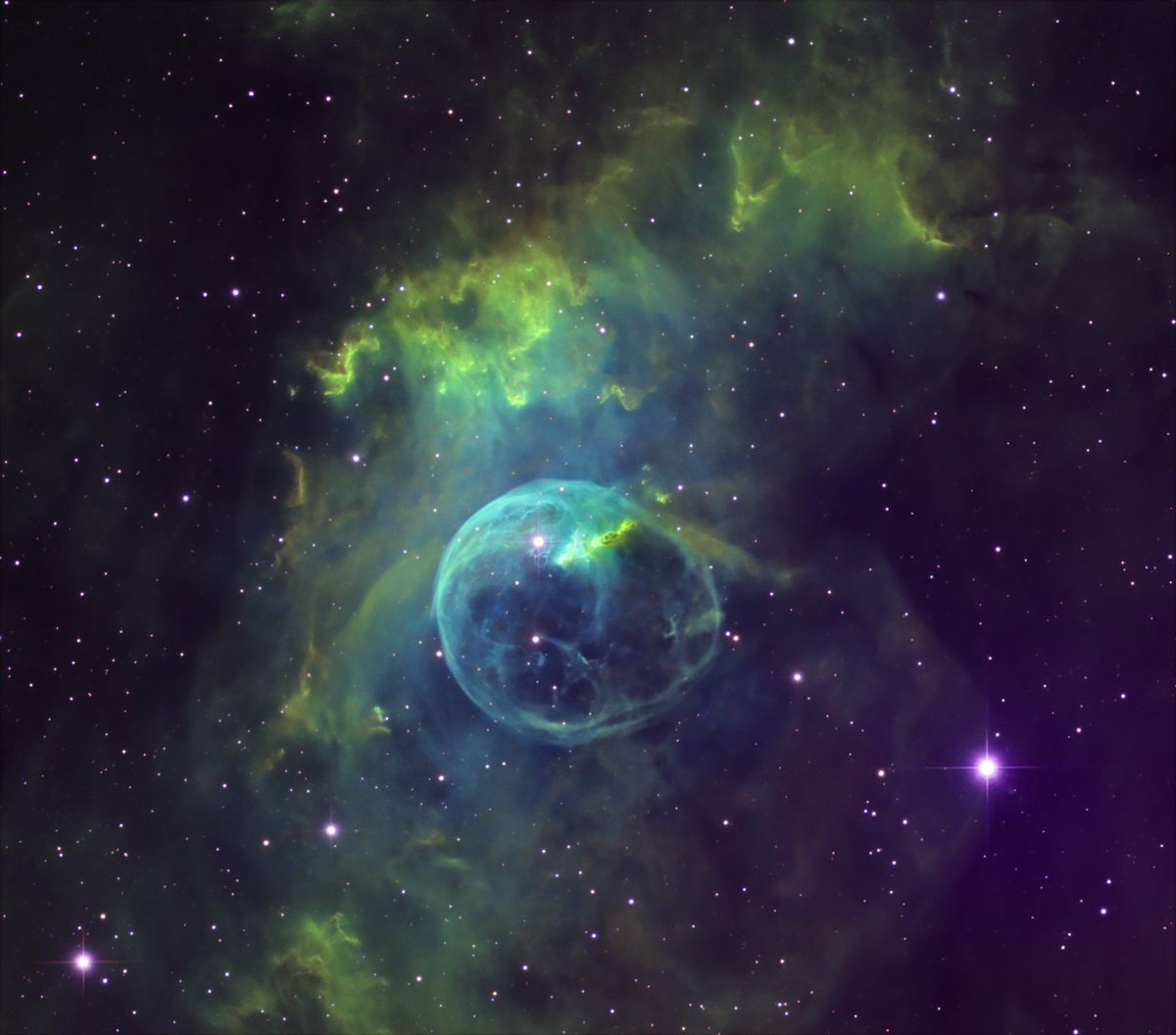 NGC In High Resolution Perfect Focus Excellent Seeing And - Heres hubbles first ever picture of the entire bubble nebula