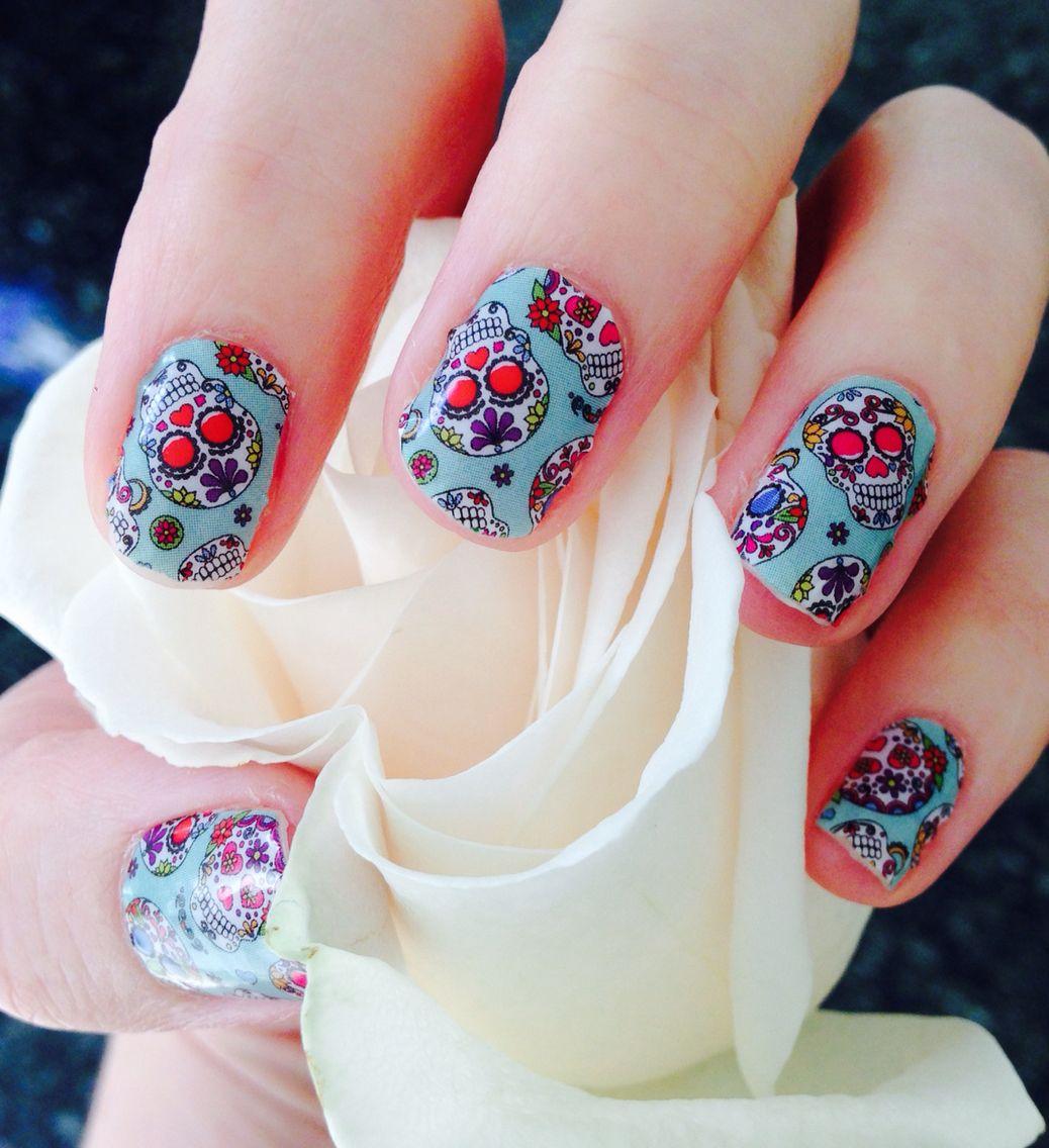 Dia de los muertos Jamberry Nails. Gorgeous diy sugar skulls nail ...
