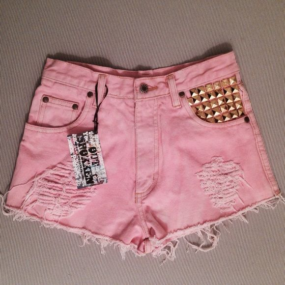 Pink Studded High Waisted Denim Shorts I do paypal and bundles. Questions? Just ask! OUTSPOKKEN Jeans