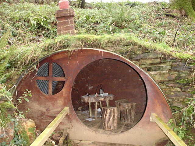 A Real Hobbit Hole Hobbit House The Hobbit Earth Homes