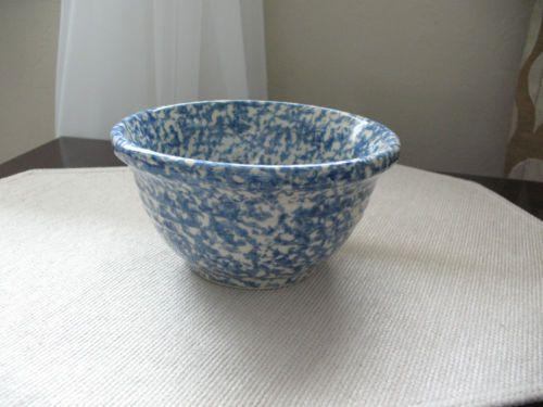"""Henn Workshops Blue Spongeware 8/"""" Mixing Bowl Stoneware Roseville"""