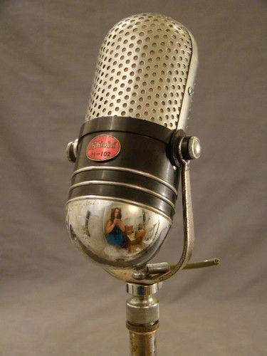 Vintage Retro Chrome Shield M 102 Dual Crystal 1950 S