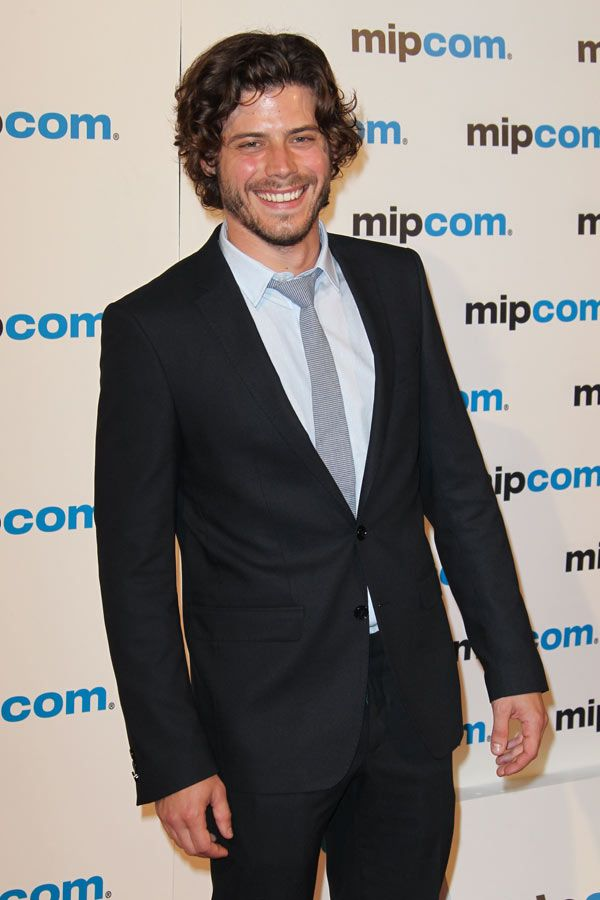 Francois Arnaud Approached To Play Christian Grey — Report
