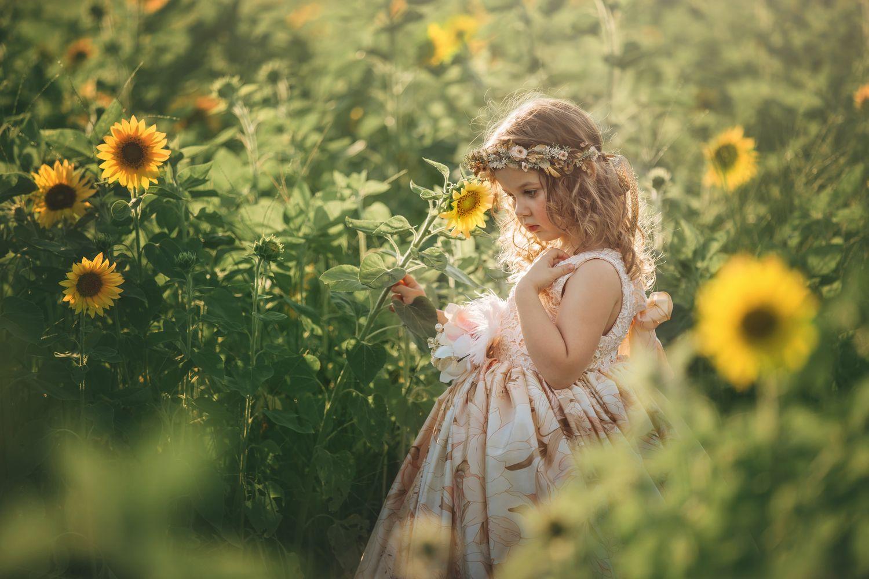 Listening to the Flowers Jennifer Lappe graphy Pinterest