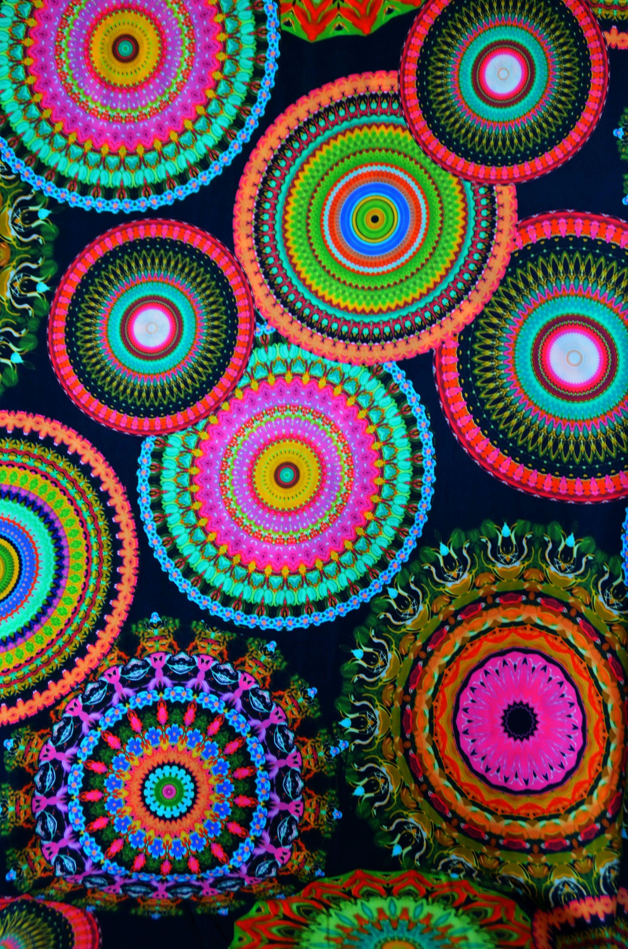 Stoff schwarz bunt mit Mandala Kreisen 50 x 150 cm Rock Bluse Nähen ...