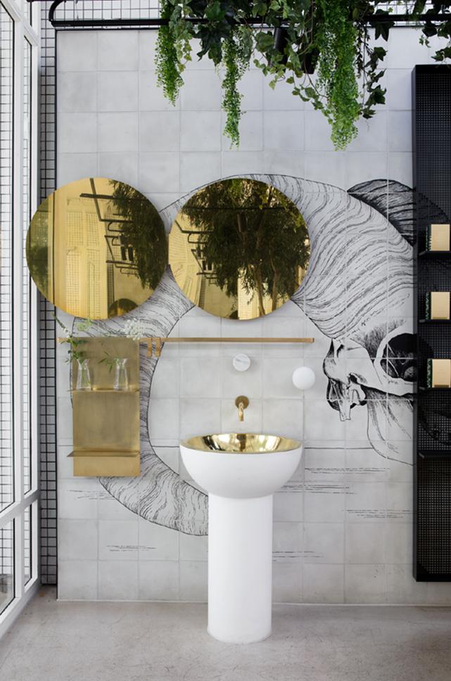 laostudio redroaster bars restaurants pinterest salle de bain salle et maison. Black Bedroom Furniture Sets. Home Design Ideas
