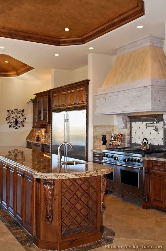 #Kitchen of the Day: Tuscan Kitchens.
