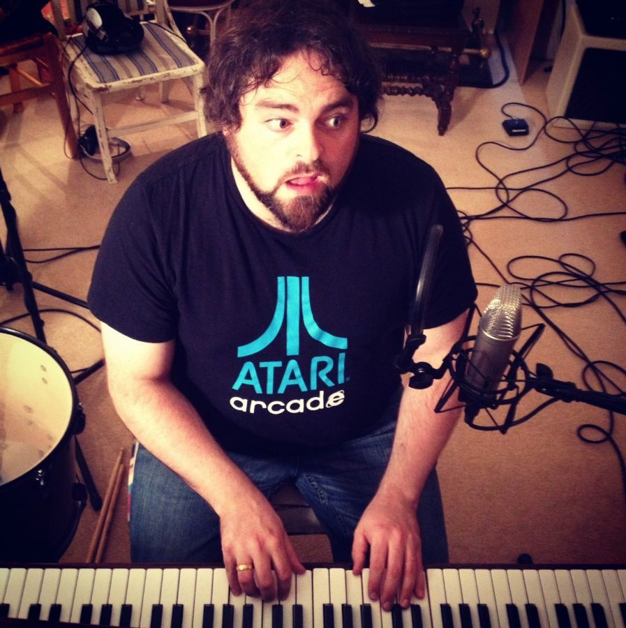 Chris T-T's album, 'The Bear' is winning accolades already from BBC Radio 6 Music. Ahead of Xtra Mile Recordings' release of the album, here is Chris in Steinway Session playing the Heart breaking 'Tunguska' from 'The Bear': http://www.stpaulslifestyle.com/articles/2013/09/30/chris-t-t-session-film-release/ #christt #bbcradio6music #radio6 #xtramile #recordings #steinway #tunguska #heart #breaking #stpaulslifestyle #thebear