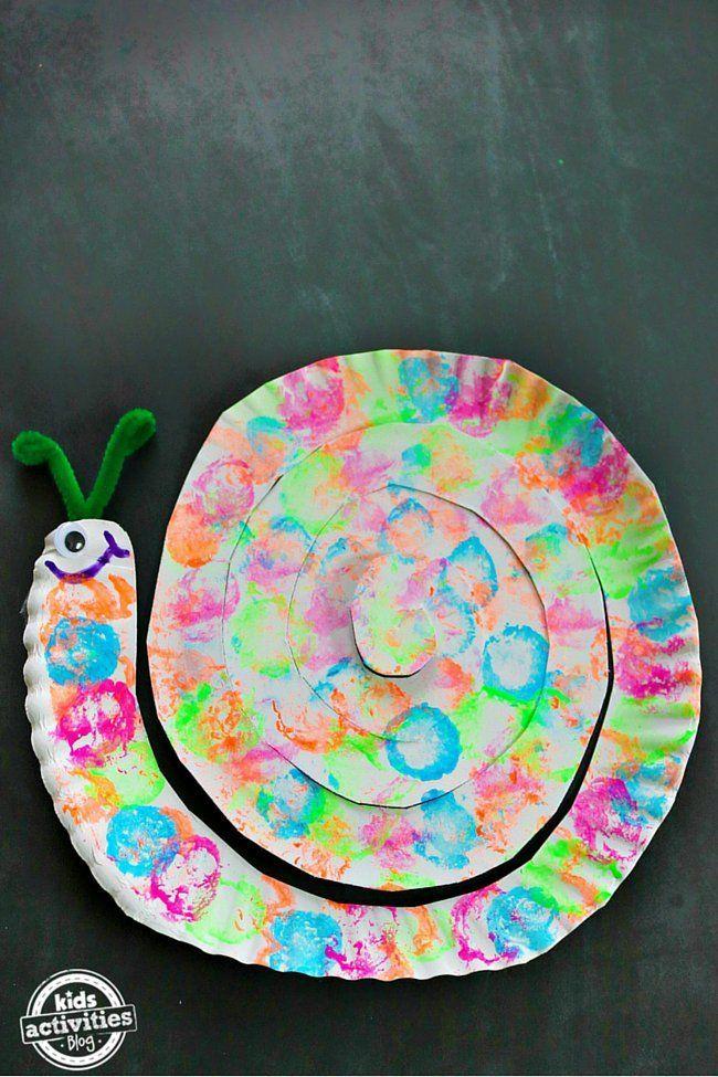 cotton ball painted snail paper plate craft escargot cr ations en assiettes jetables et. Black Bedroom Furniture Sets. Home Design Ideas
