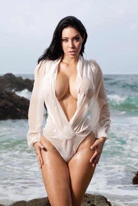 Carolina Petkoff Sex Boom 18 Chica En La Playa Sexy Y Chicas