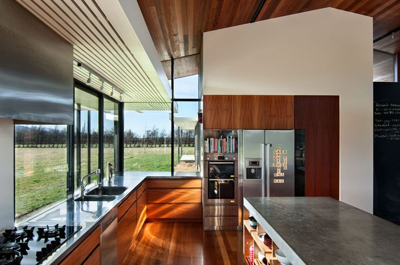parsonson architects: wairau house, new zealand   Madera, Cocinas y ...