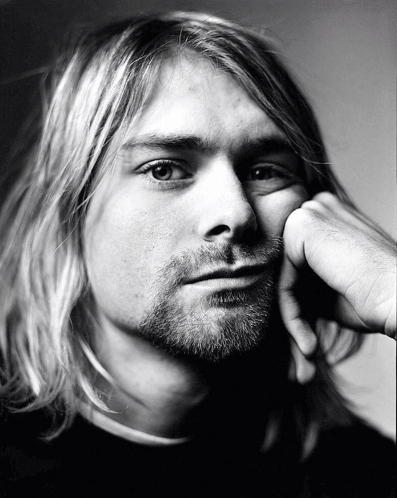 Kurt Cobain   Nirvana, grunge everywhere..   Pinterest   Nota ...