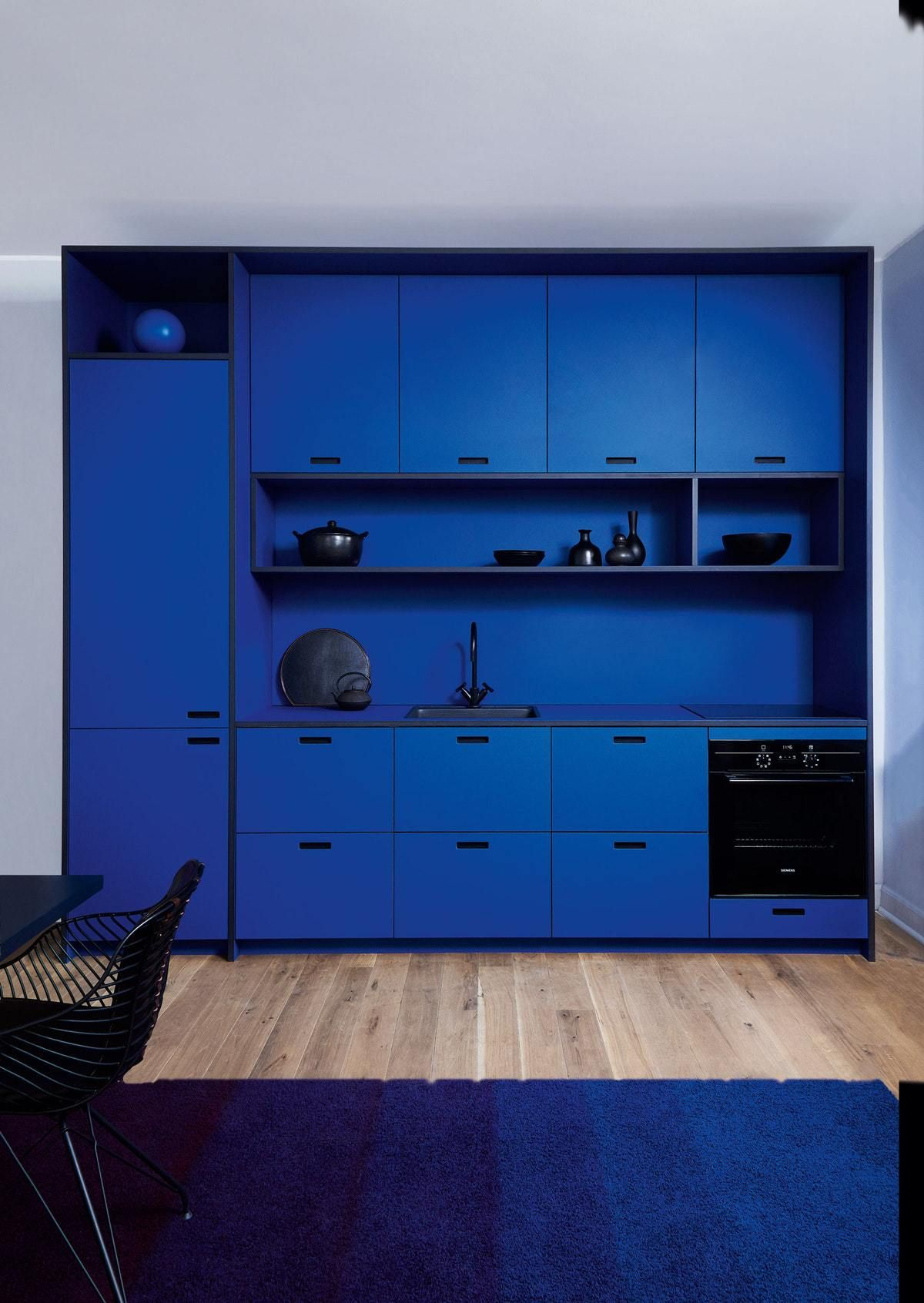 Choosing The Best Finish For Kitchen Cabinets Blue Kitchen Designs Kitchen Design Kitchen Interior