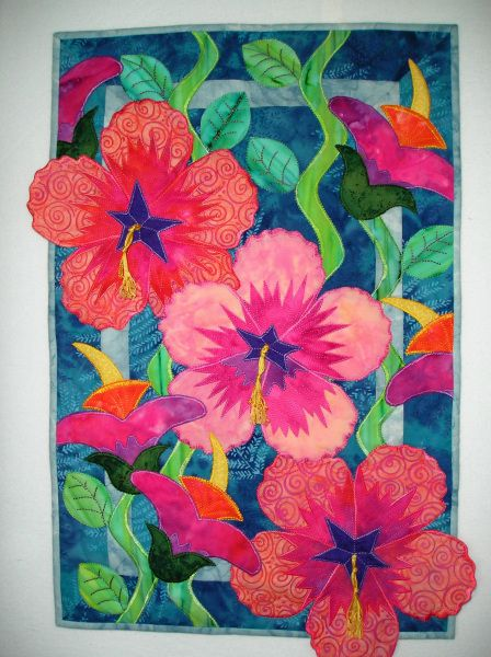 Happy Hibiscus Hawaiian Applique Quilt Tropical Quilts Flower Quilts