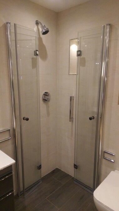 Genial Folding Shower Doors