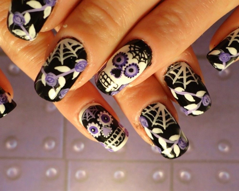 day of the dead nail art | Sugar Skull Nail Art | Halloween nails ...