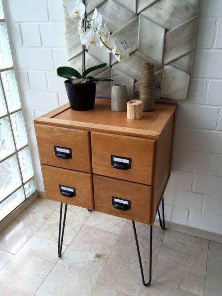 industriem bel industrial mid centurykarteischrank. Black Bedroom Furniture Sets. Home Design Ideas