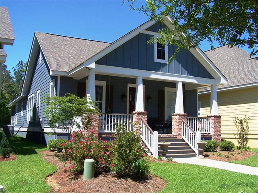 Ranch craftsman floorplan brick porch columns black for Bungalow porch columns