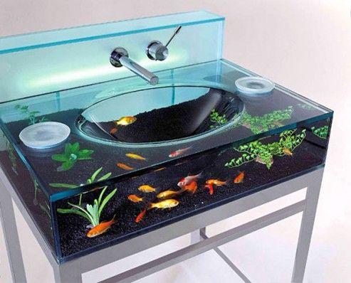fish tank/sinkfish 'n flush toilet tank aquarium   house stuff