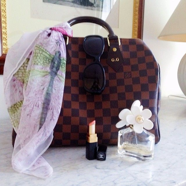 Spring  #fashion #louisvuitton #bag #speedy35 #speedy #damier #scarf #hm #chanel #lipstick #daisy #marcjacobs #perfume #sunglasses #givenchy #newin #shopping #style #classy #elegant #iloveshopping #shoppingaddicted #sunny #spring #mood #perfect #iphonephoto #pic #outfit #ootd