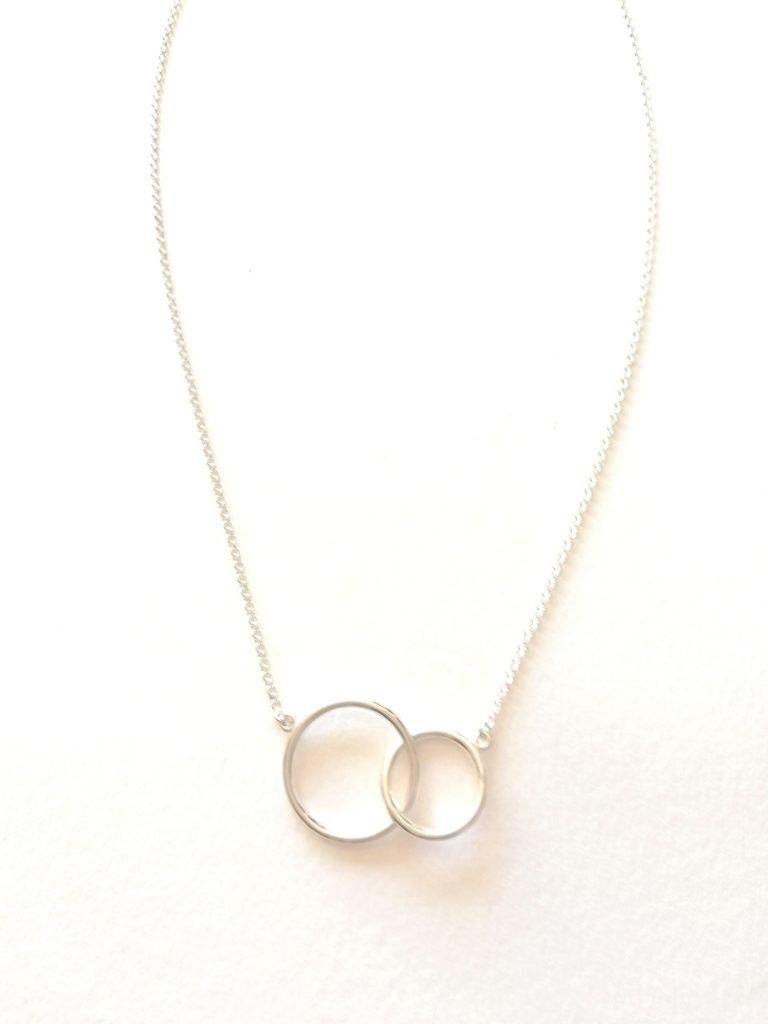 4339452a070f Collar plata de ley con doble aro anillos