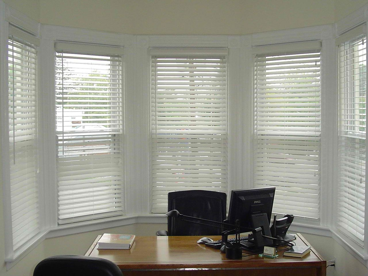Protecting Interior Room from Sunshine by Installing Roller Blinds ...