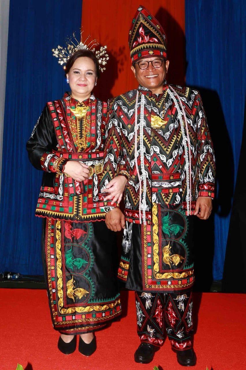 Gambar Pakaian Adat Nusantara Indonesia