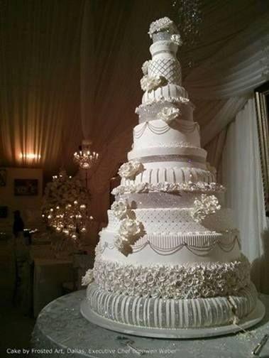 14 Tier Wedding Cake With Rhinestones Made By Bronwen