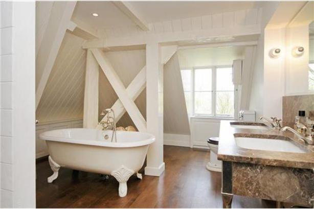 Badkamer landelijke stijl sanitair badkamer