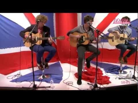 The Kooks Sofa Song Live Acoustic Session On Liven Music