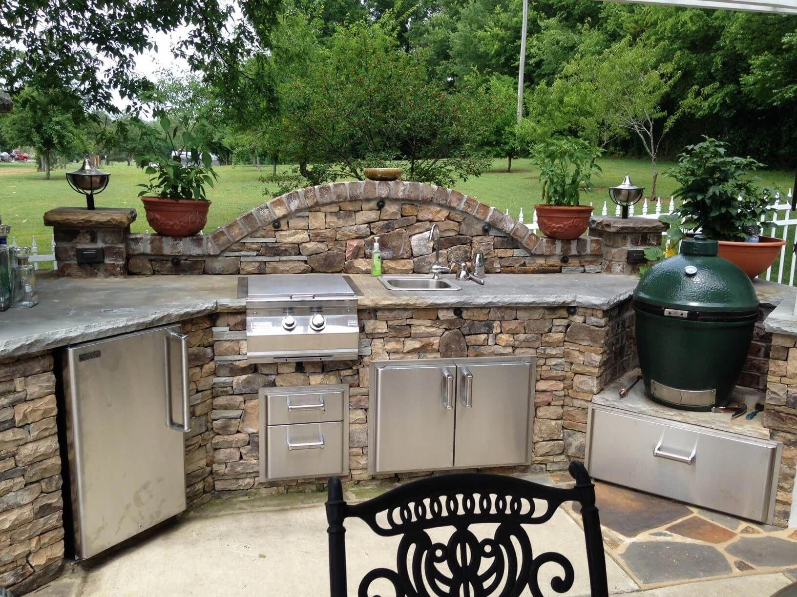 Paradise Outdoor Kitchens For Entertaining Guests Outdoor Kitchen Decor Big Green Egg Outdoor Kitchen Outdoor Kitchen Appliances