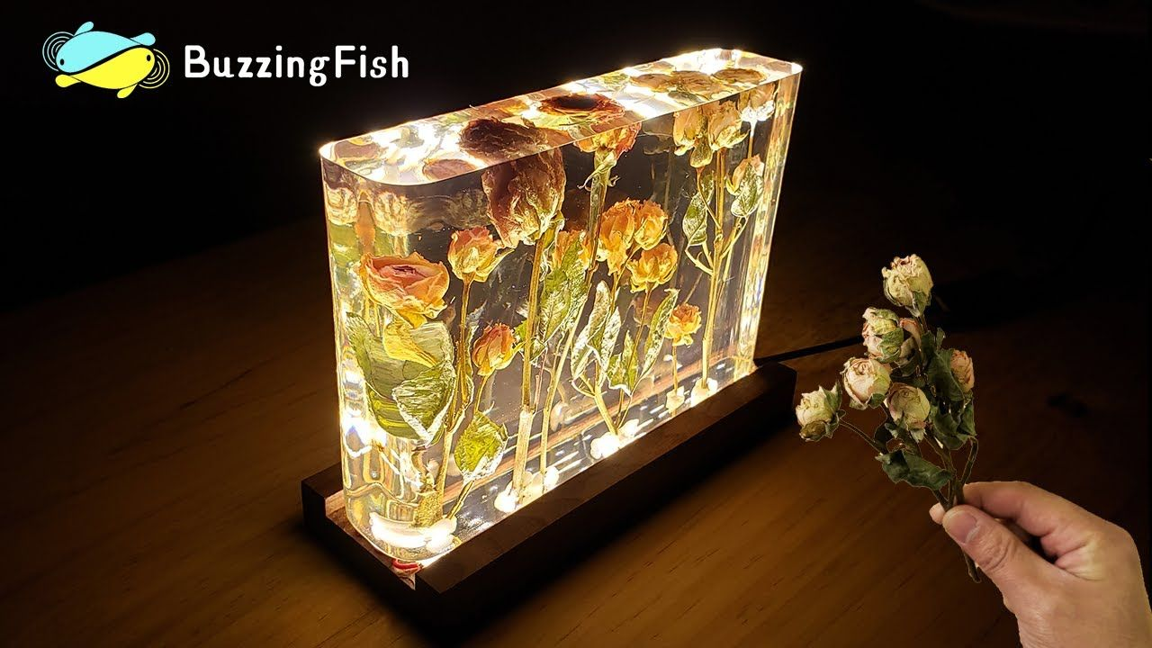 Roses And Epoxy Resin Night Lamp Resin Art Youtube In 2020 Epoxy Resin Diy Epoxy Resin Crafts Epoxy Resin