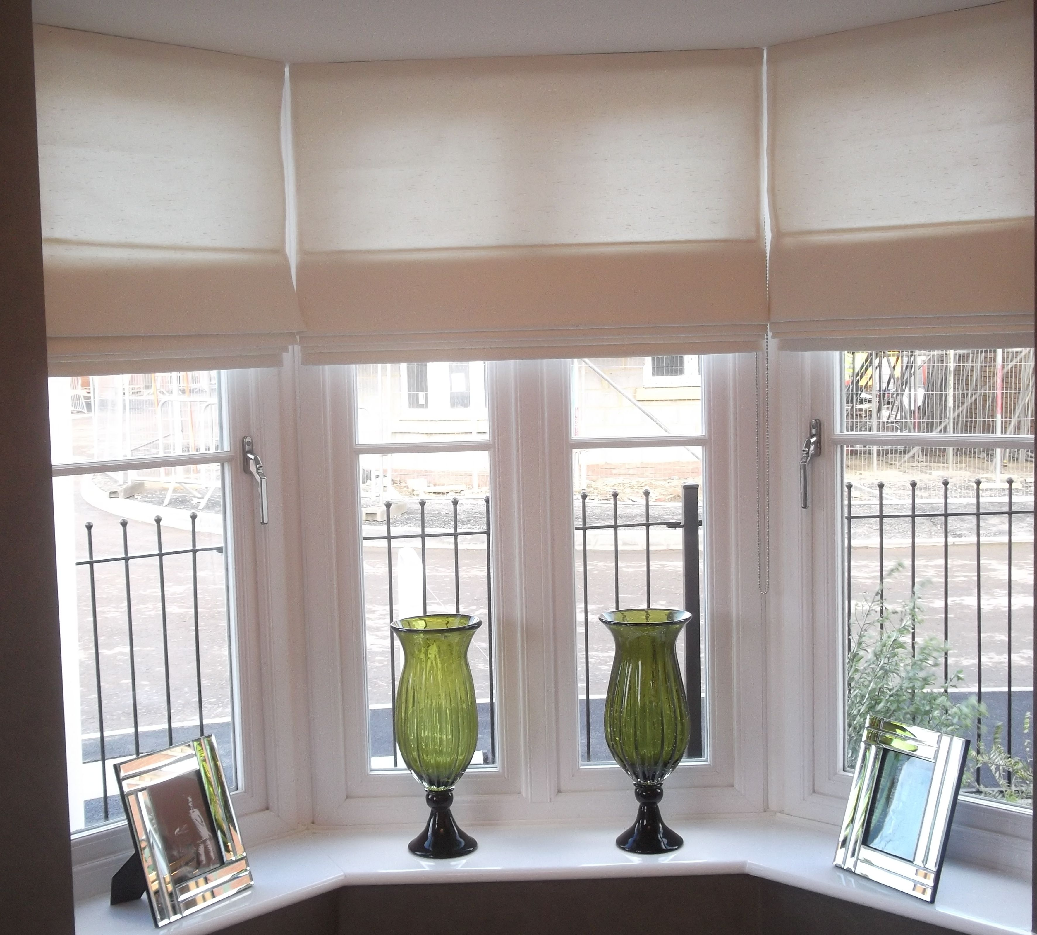 Charming Inexpensive Roman Shades For Kitchen Windows With Photo