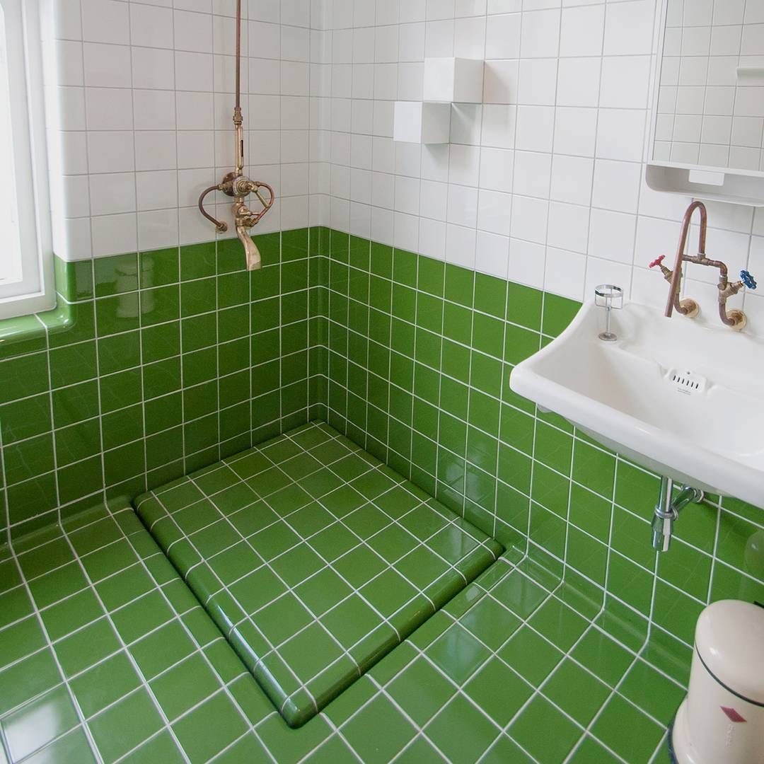 A smart drain made of DTILE construction tiles | Bathroom ...