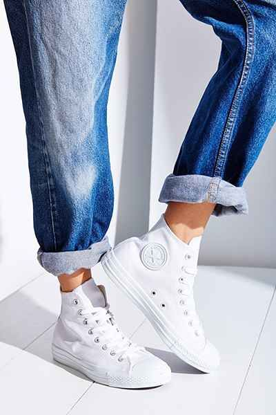 28b08592d485 Converse Chuck Taylor All Star Leather High-Top Sneaker All White Converse