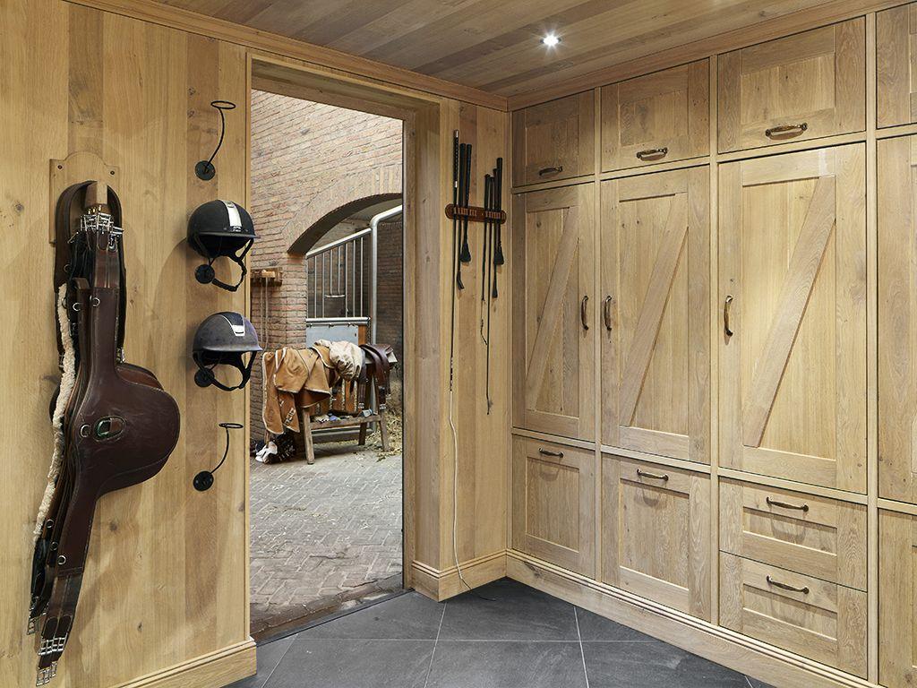 Tackroom Built Of European Oak Sebo Interior Amp Equipage