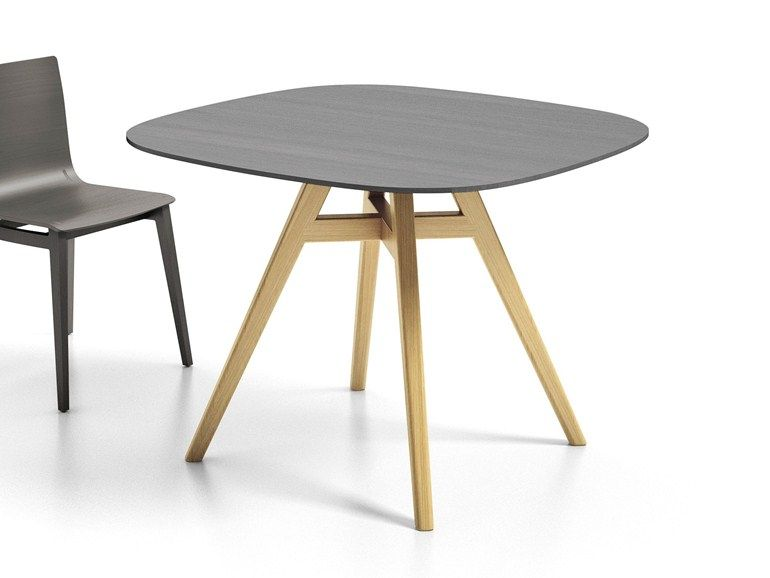 Square table Emma Collection by Infiniti by OMP Group | design Favaretto