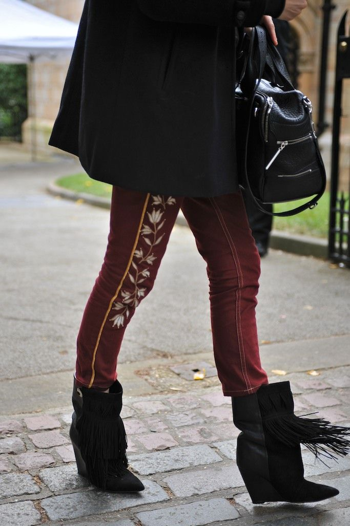 London Fashion Week #StreetStyle #Fashion #LFW #LondonFashionWeek #Shoes #IsabelMarant