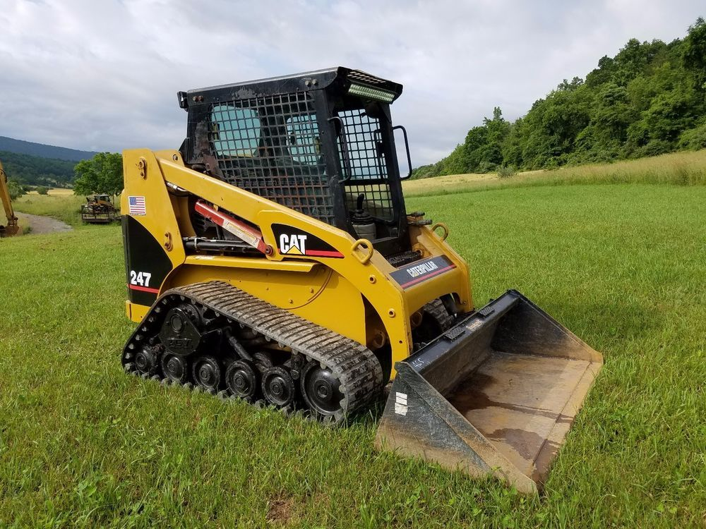 2003 Caterpillar 247 Compact Track Skid Steer Loader