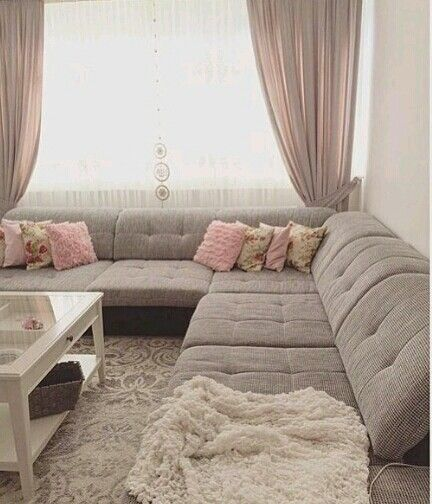 Pin By Secil Ergun Simsek On جلسات ارضيه Living Room Seating Ideas Without Sofa Home Room Design Living Room Sofa Set