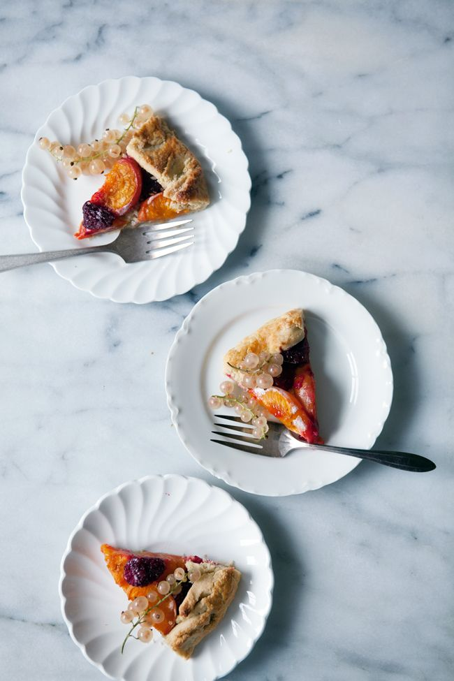 Apricots and Raspberries in an Oat Crust (Oat and Brown Rice Flour)