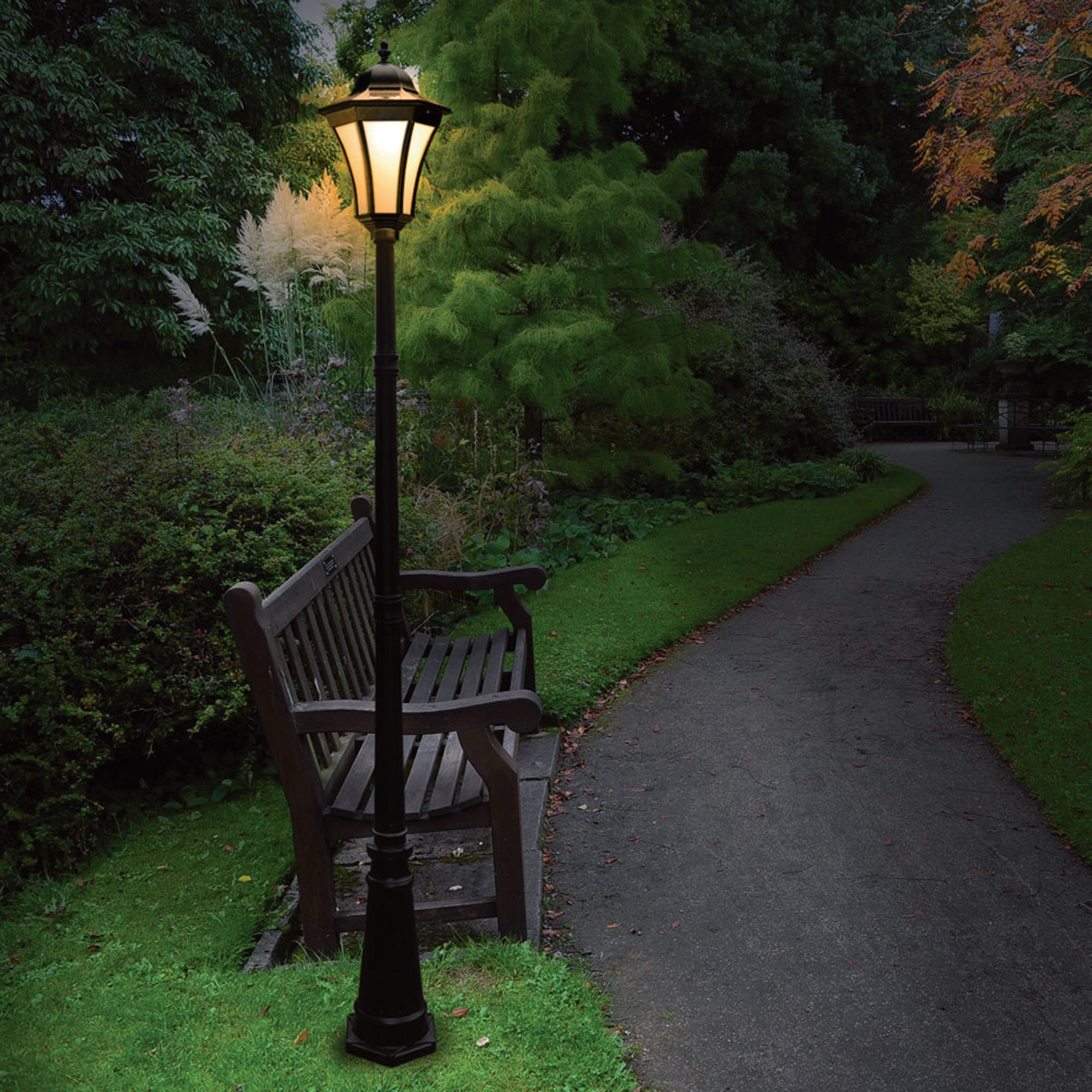 Naturepower Essex Solar Post Lamp 7ft H 10 Leds 40 Lumen Output Solar Lighting Solar Lamp Post Rustic Outdoor Lighting Outdoor Lamp Posts