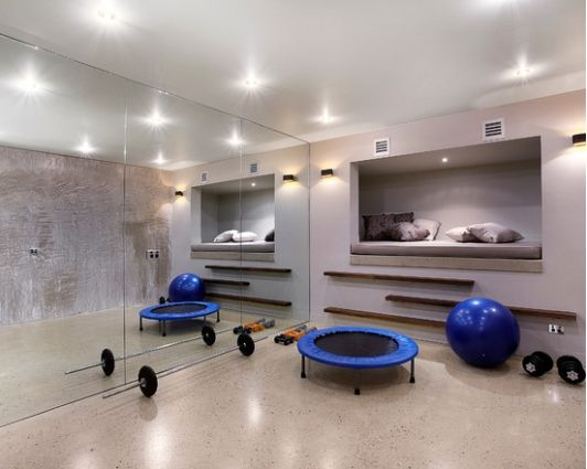 Small home gym idea home and garden design idea 39 s for Home gyms small spaces