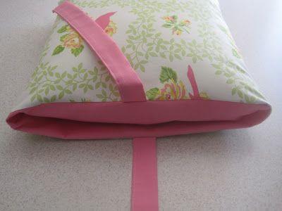 Tie Closure Pillow Case {tutorial}
