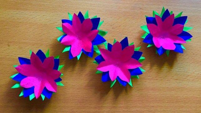 32+ Construction Paper Craft #constructionpaperflowers