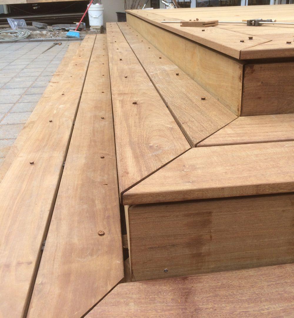 Best Carpenter Tricks Of The Trade Deck Corner Detail 400 x 300
